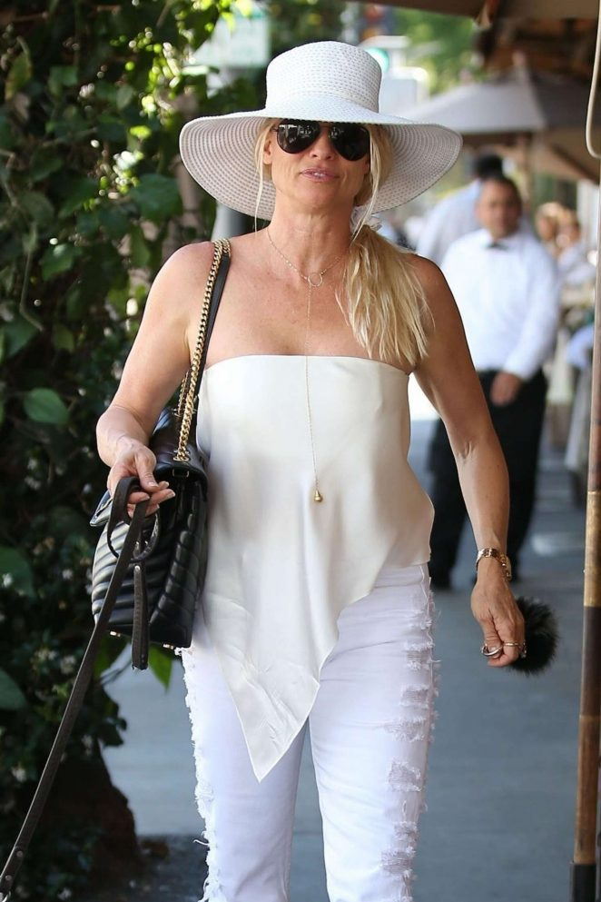 Nicollette Sheridan at Il Pastaio in Beverly Hills