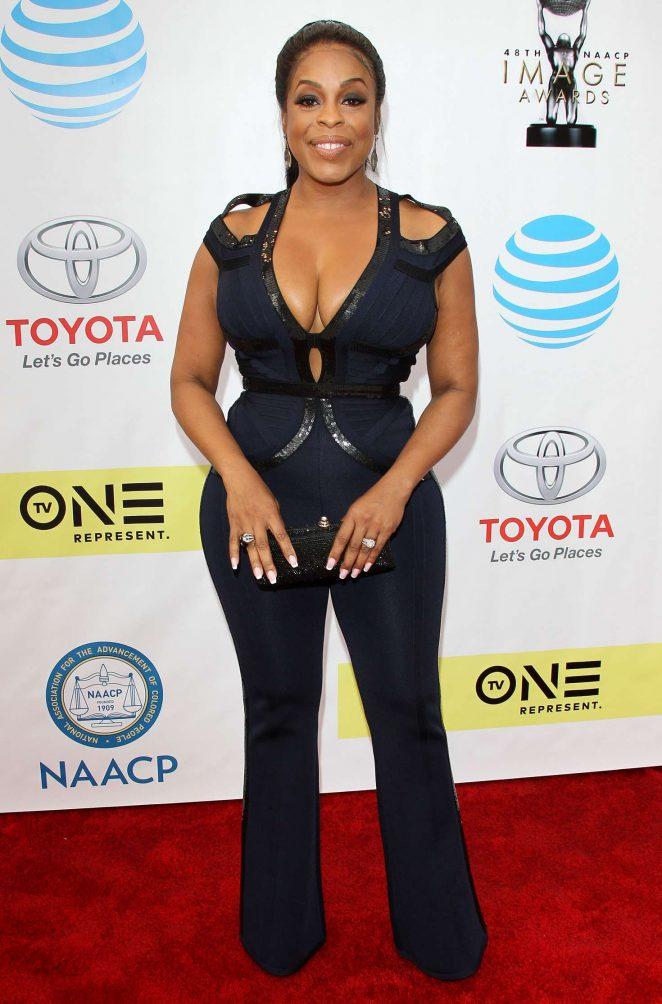 Niecy Nash - 48th NAACP Image Awards in Pasadena