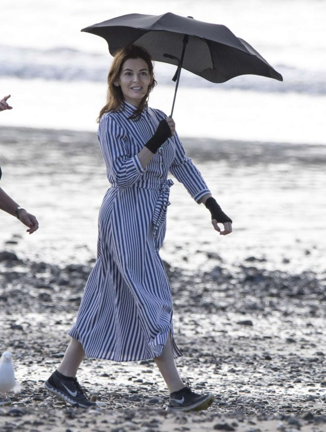 Nigella Lawson at the beach in Auckland