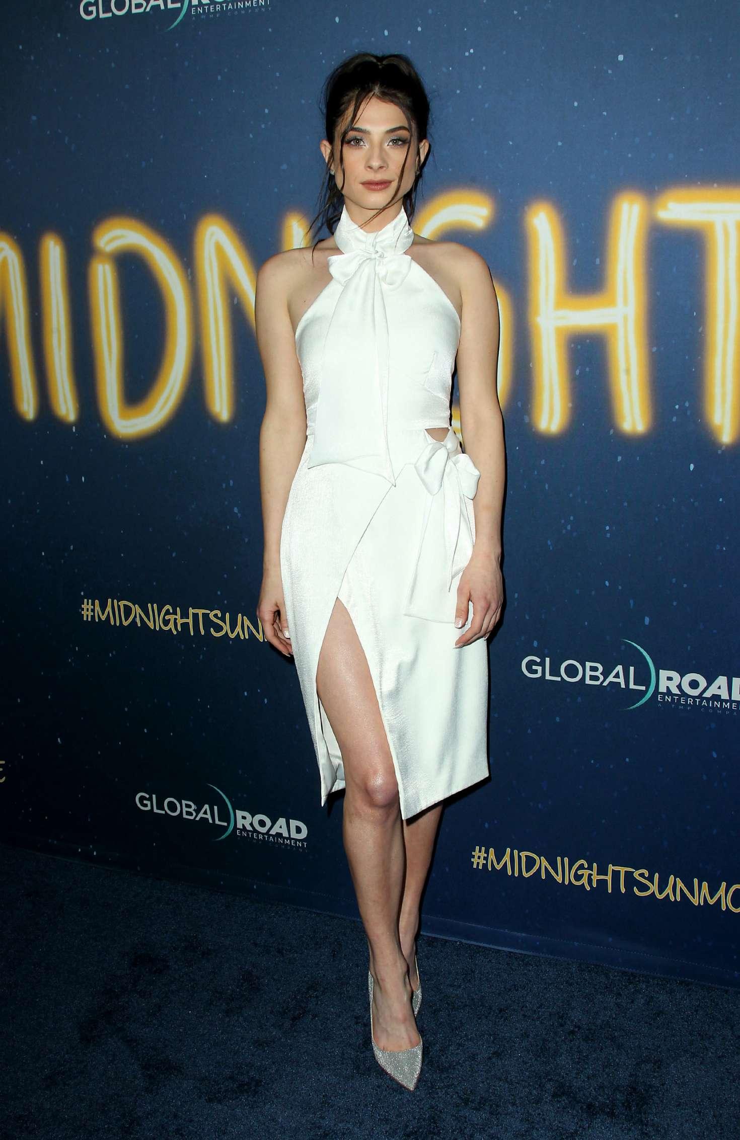 Niki Koss 2018 : Niki Koss: Midnight Sun Premiere in Los Angeles -03