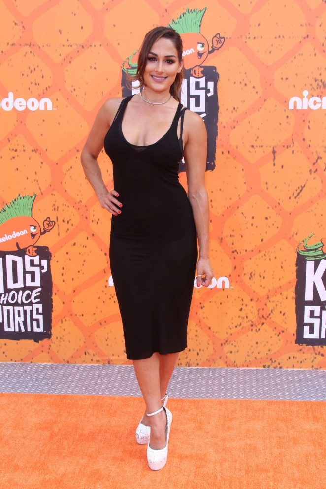 Nikki Bella - 2016 Nickelodeon's Kids' Choice Sports Awards in Westwood