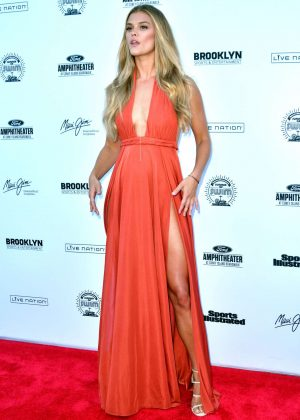 Nina Agdal: 2016 Sports Illustrated Swimsuit Summer of Swim Concert in Coney Island-02