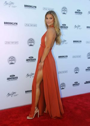 Nina Agdal: 2016 Sports Illustrated Swimsuit Summer of Swim Concert in Coney Island-05