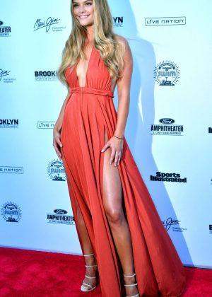 Nina Agdal: 2016 Sports Illustrated Swimsuit Summer of Swim Concert in Coney Island-07