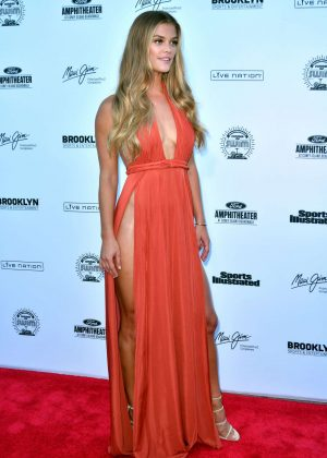 Nina Agdal: 2016 Sports Illustrated Swimsuit Summer of Swim Concert in Coney Island-13