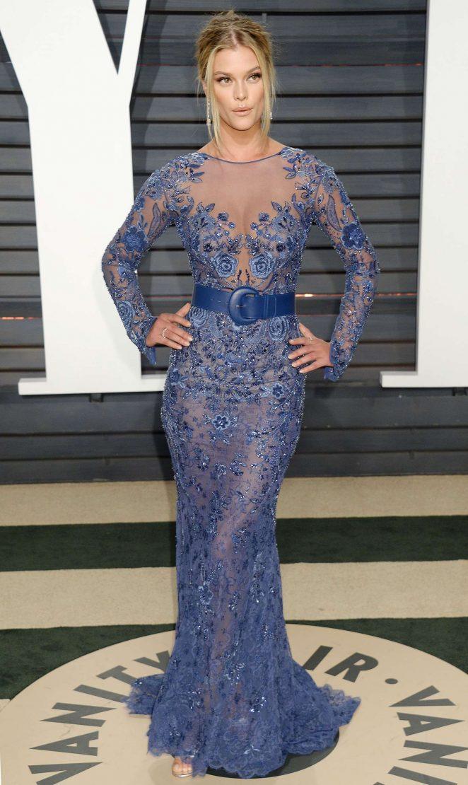 9e440cdf0adb8 Nina Agdal – 2017 Vanity Fair Oscar Party in Hollywood – GotCeleb