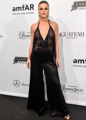 Nina Agdal - 2018 amfAR Gala Sao Paulo