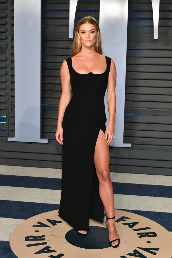 Nina Agdal – 2018 Vanity Fair Oscar Party in Hollywood