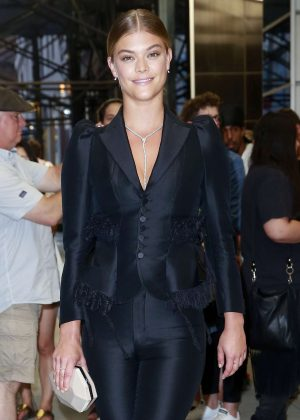 Nina Agdal - Arriving at The Daily Front Row's 4th Annual Fashion Media Awards in NY