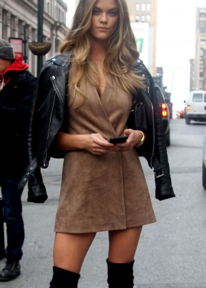 Nina Agdal Attending to a NYFW Show 2016 in NYC