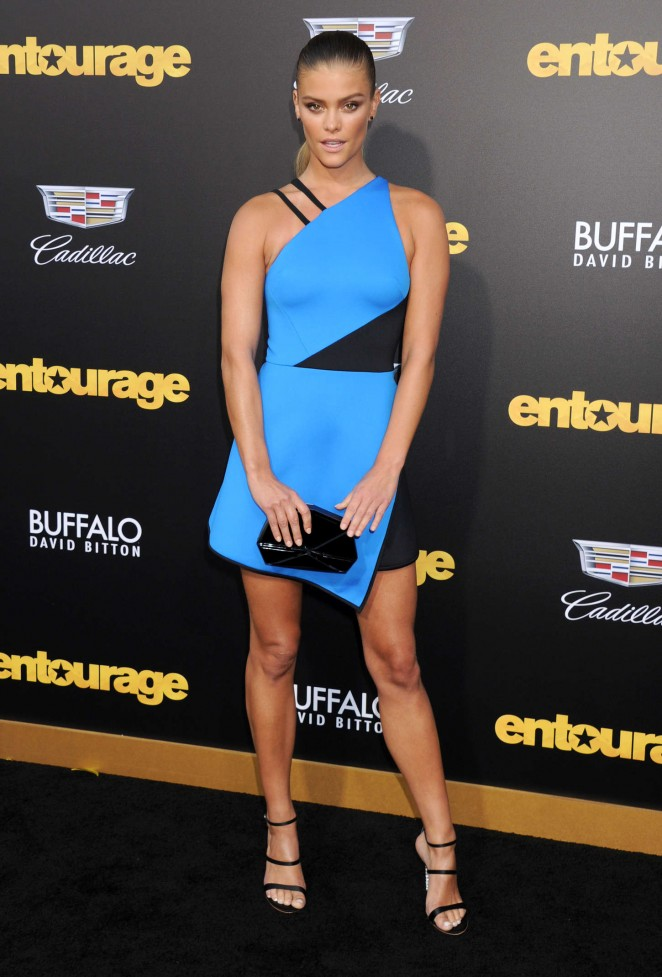 Nina Agdal - 'Entourage' Premiere in Westwood