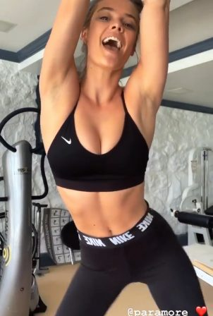 Nina Agdal - Social media
