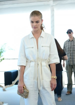 Nina Agdal - Sports Illustrated Swimsuit 2016 Swim Beach in Miami