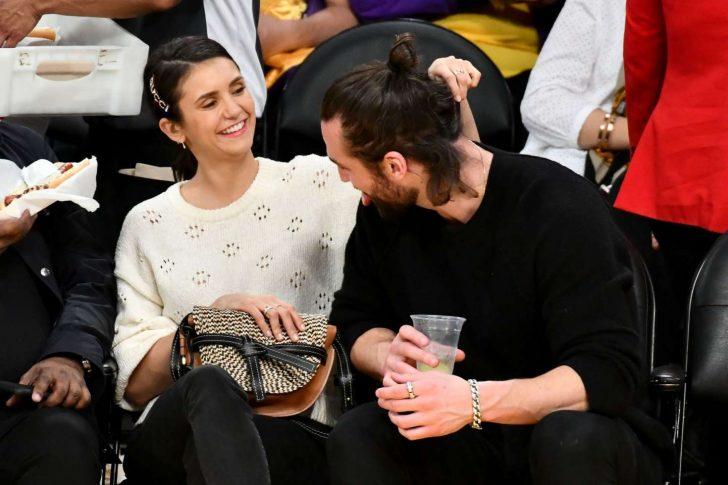 Nina Dobrev at the Lakers vs Wizards game -13