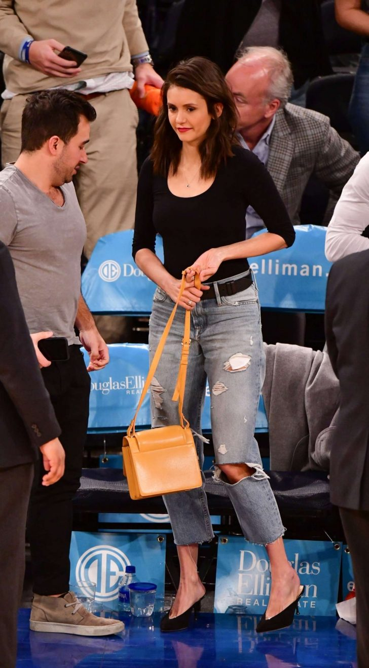 Nina Dobrev: Cleveland Cavaliers v New York Knicks Game -03