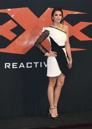 Nina Dobrev Xxx The Return Of Xander Cage Premiere In