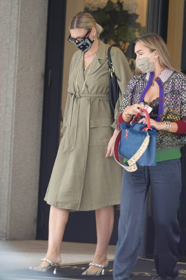 Nina Suess - Seen at Milan Fashion Week