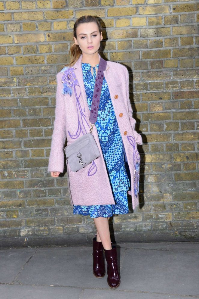 Niomi Smart - Mulberry Show at 2017 LFW in London