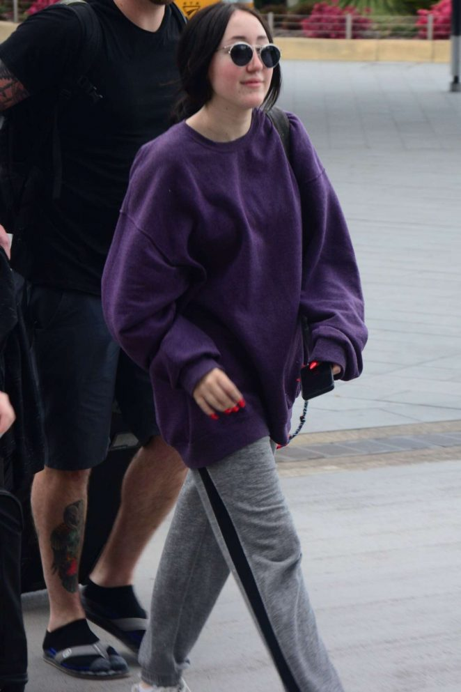 Noah Cyrus - Arriving at Airport in Sydney