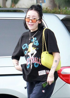 Noah Cyrus at Joan's On Third in Studio City