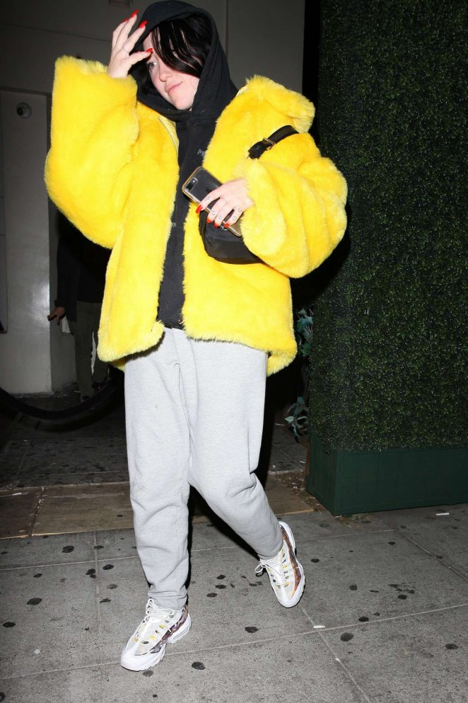 Noah Cyrus in a Yellow Fur Coat – Leaving Delilah Restaurant in West Hollywood