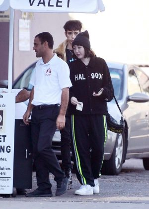 Noah Cyrus - Leaving a restaurant in Los Angeles