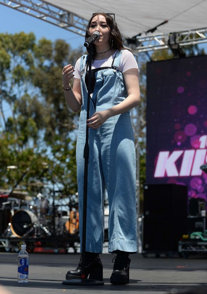 Noah Cyrus: Performs at 102 7 KIIS FM 2017 Wango Tango -12