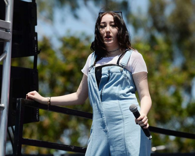 Noah Cyrus: Performs at 102 7 KIIS FM 2017 Wango Tango -15