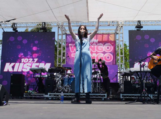 Noah Cyrus: Performs at 102 7 KIIS FM 2017 Wango Tango -17