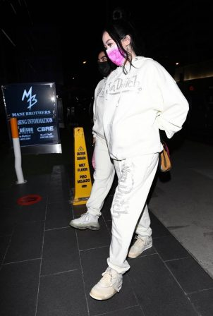 Noah Cyrus - Seen while grabbing dinner in West Hollywood