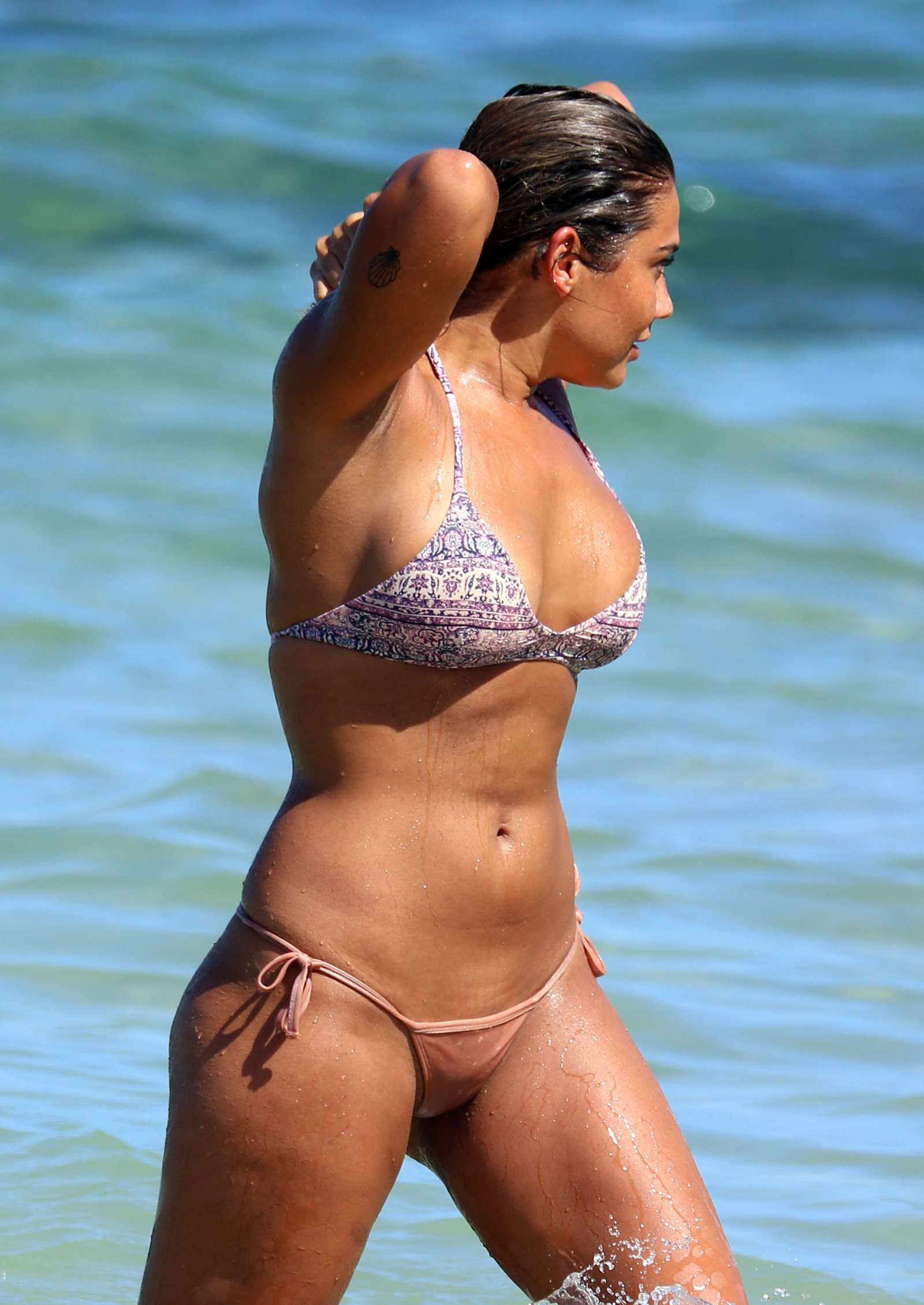 Noni Janur in Bikini at Bondi Beach - photo#41