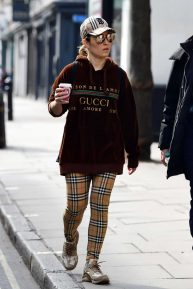 Noomi Rapace - Shopping candids at Planet Organic in London