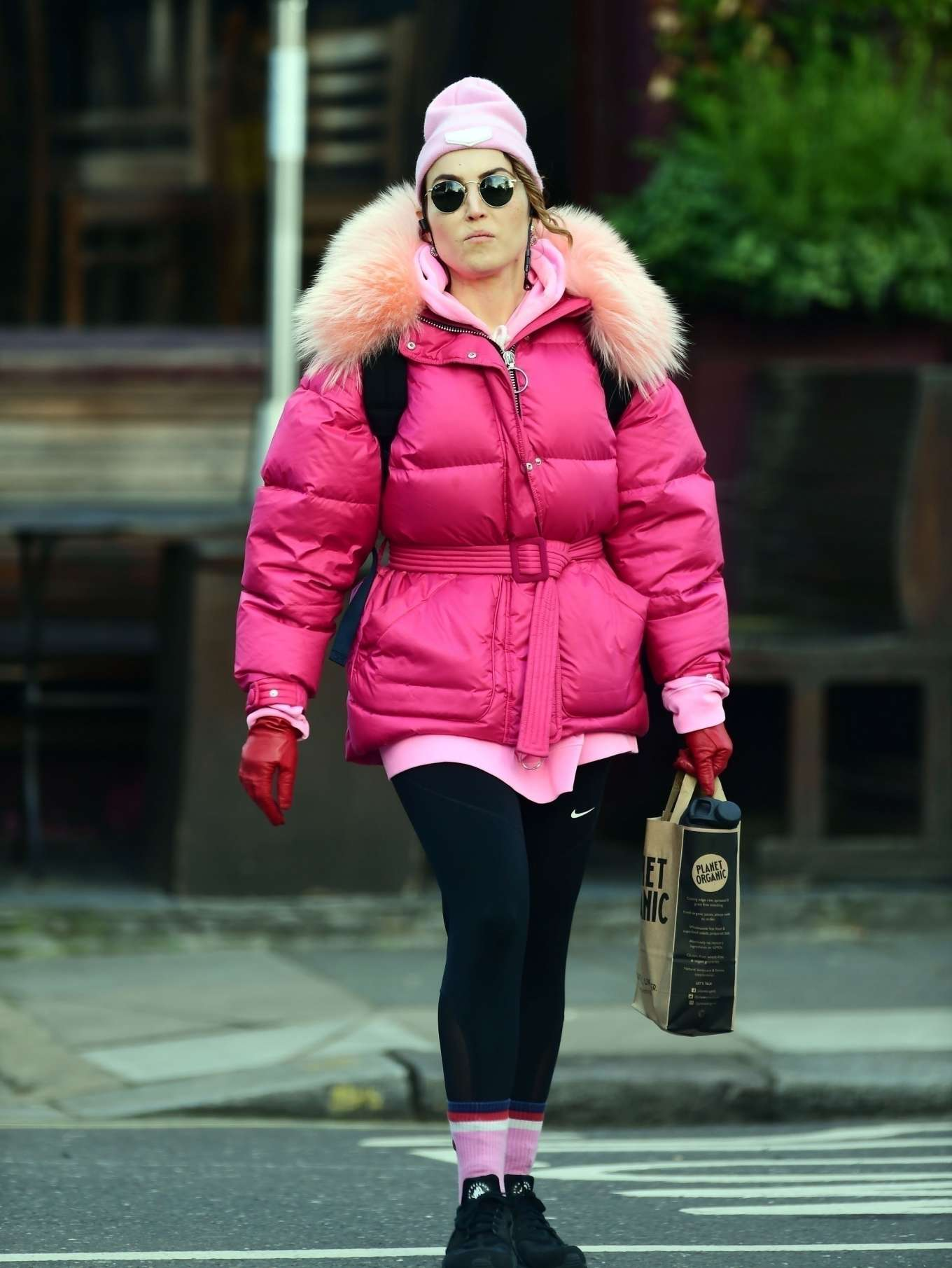 Noomi Rapace 2020 : Noomi Rapace – Shopping candids at Planet Organic in Notting Hill-06