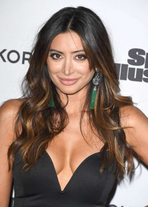Noureen DeWulf - Sports Illustrated Fashionable 50 in Hollywood