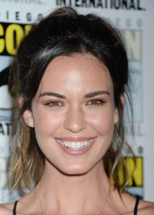 Odette Annable - Supergirl Photocall at Comic-Con 2017