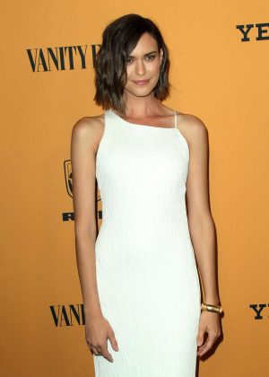 Odette Annable - 'Yellowstone' TV Show Premiere in Los Angeles