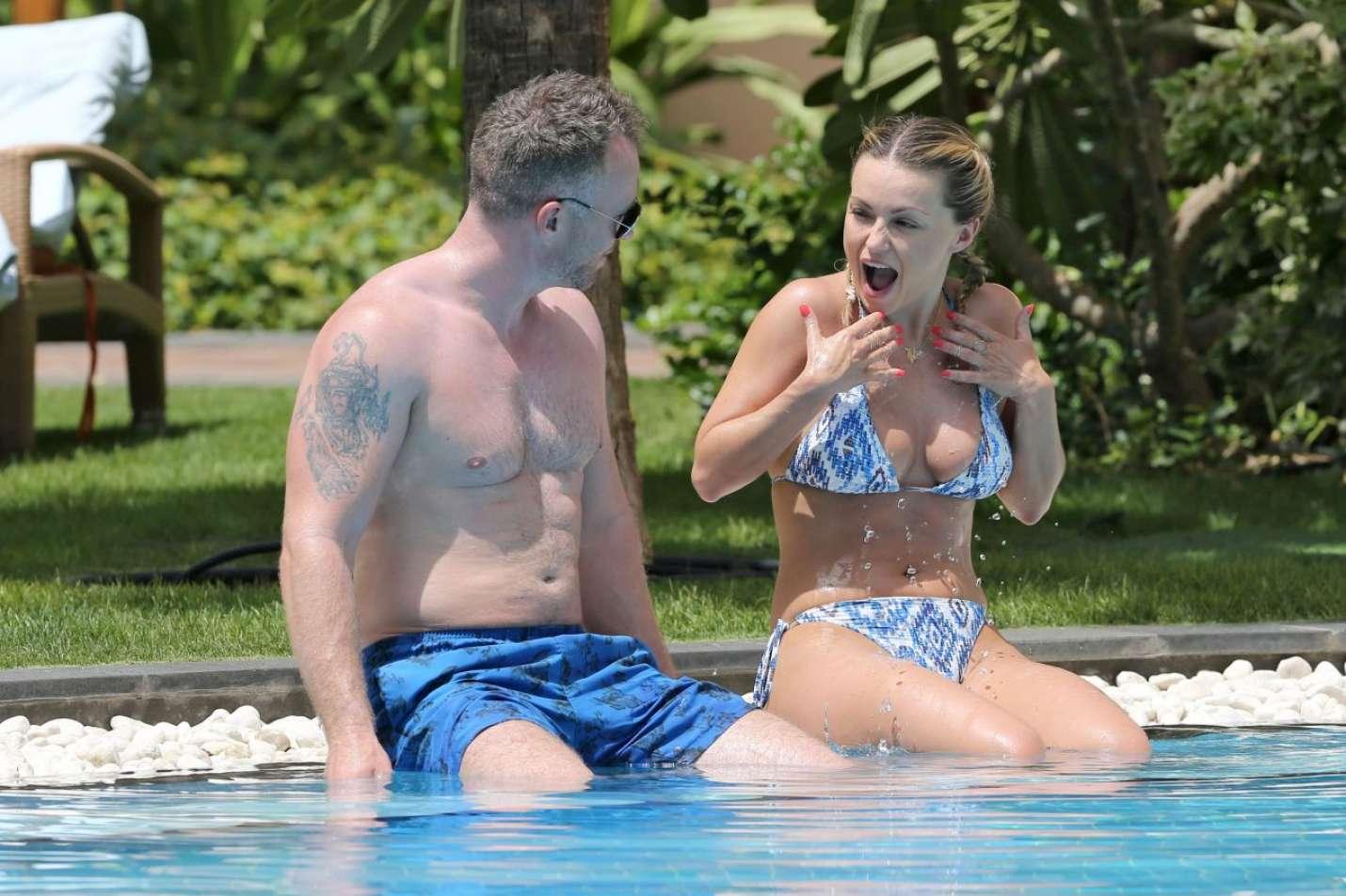 CelebGate Ashley Smith Topless  photo