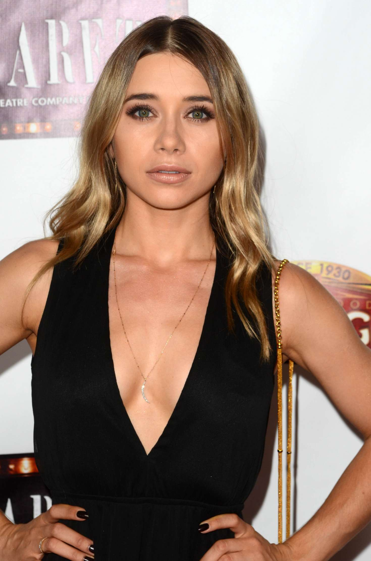 Olesya Rulin - Play opening of CABARET in Hollywood   GotCeleb