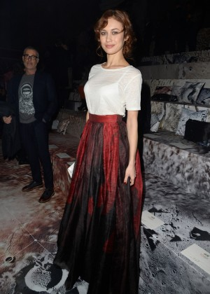Olga Kurylenko - H&M Fashion Show 2015 in Paris