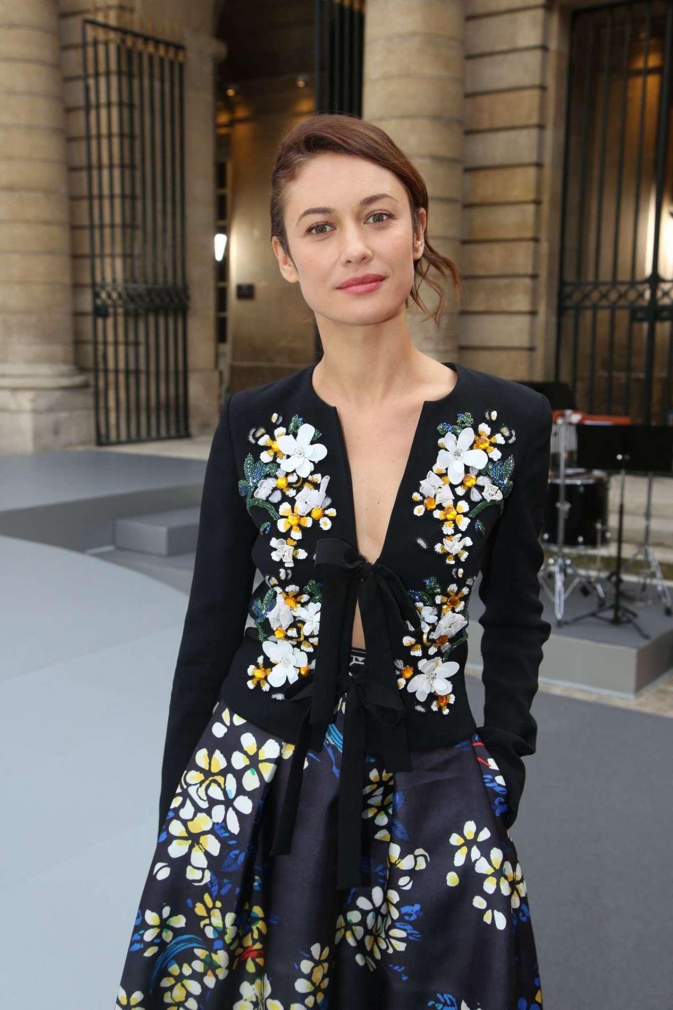 Olga Kurylenko - Le Defile L'Oreal Paris Runway Show in Paris