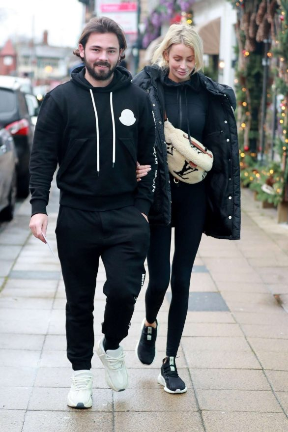 Olivia Attwood and Bradley Dack - Out for lunch at Victors Restaurant in Hale Cheshire