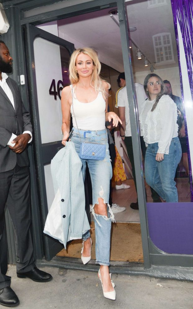 Olivia Attwood - Barefoot Wine's Complimentarium Launch Party in London