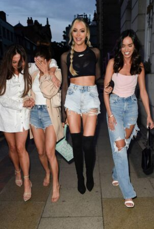 Olivia Attwood - With Fran Parman, Nicole Bass, Clelia Theodorou at 'Olivia Meets Her Match' set