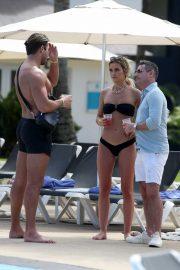 Olivia Bentley - 'Celebs Go Dating' TV Show at Hard Rock Hotel in Punta Cuna - Domincan Republic