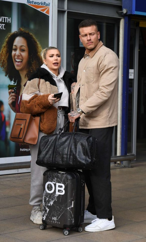 Olivia Buckland and Alex Bowen - Arriving at the Piccadilly Train Station in Manchester
