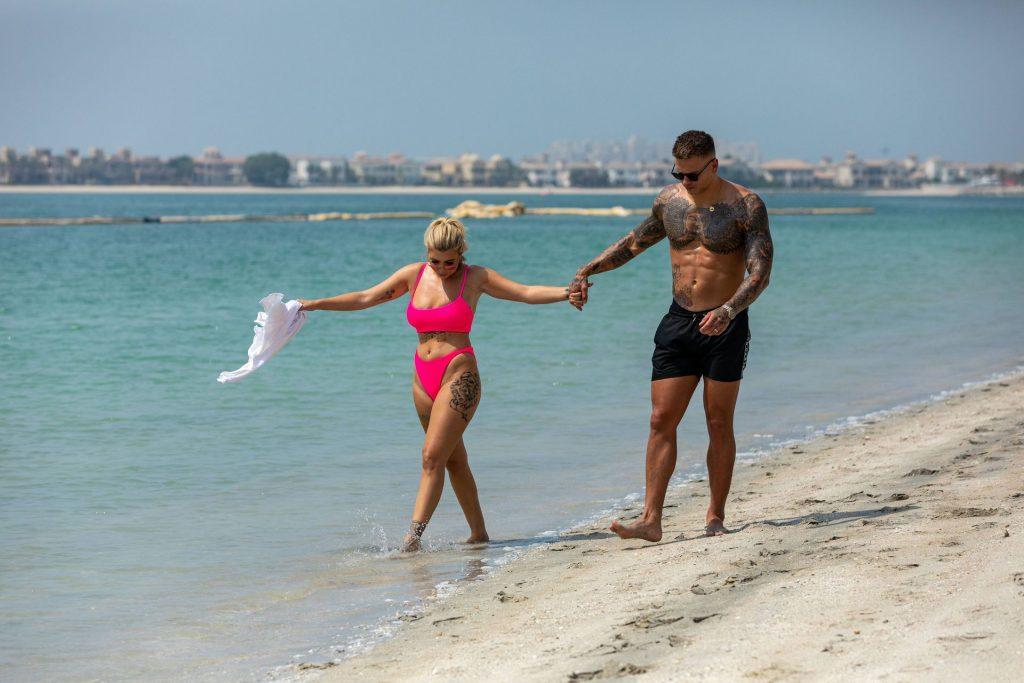 Olivia Buckland 2019 : Olivia Buckland and Alex Bowen were seen on a beach in Dubai-02