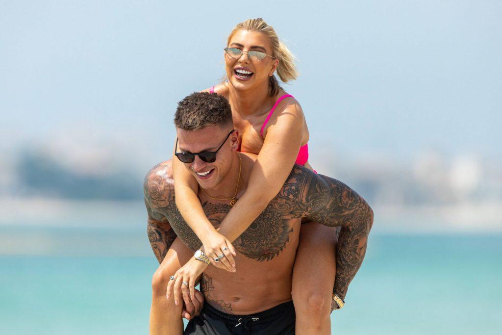 Olivia Buckland 2019 : Olivia Buckland and Alex Bowen were seen on a beach in Dubai-06