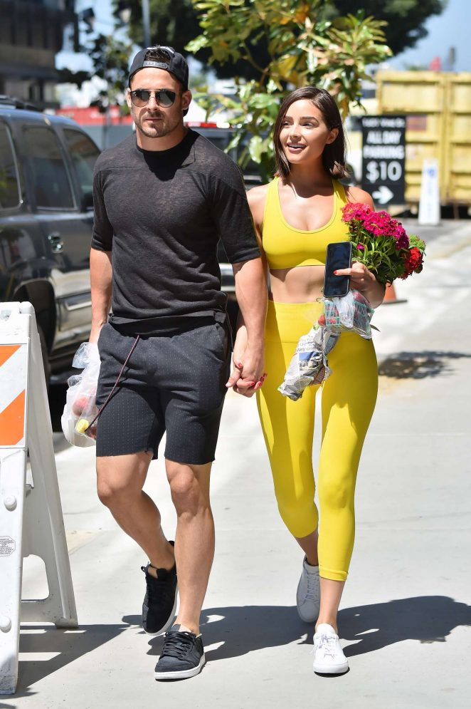 Olivia-Culpo-and-Danny-Amendola-at-a-far