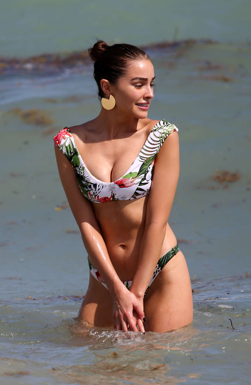 Olivia Culpo 2017 : Olivia Culpo and Devon Windsor: Bikini Photoshoot 2017 -13