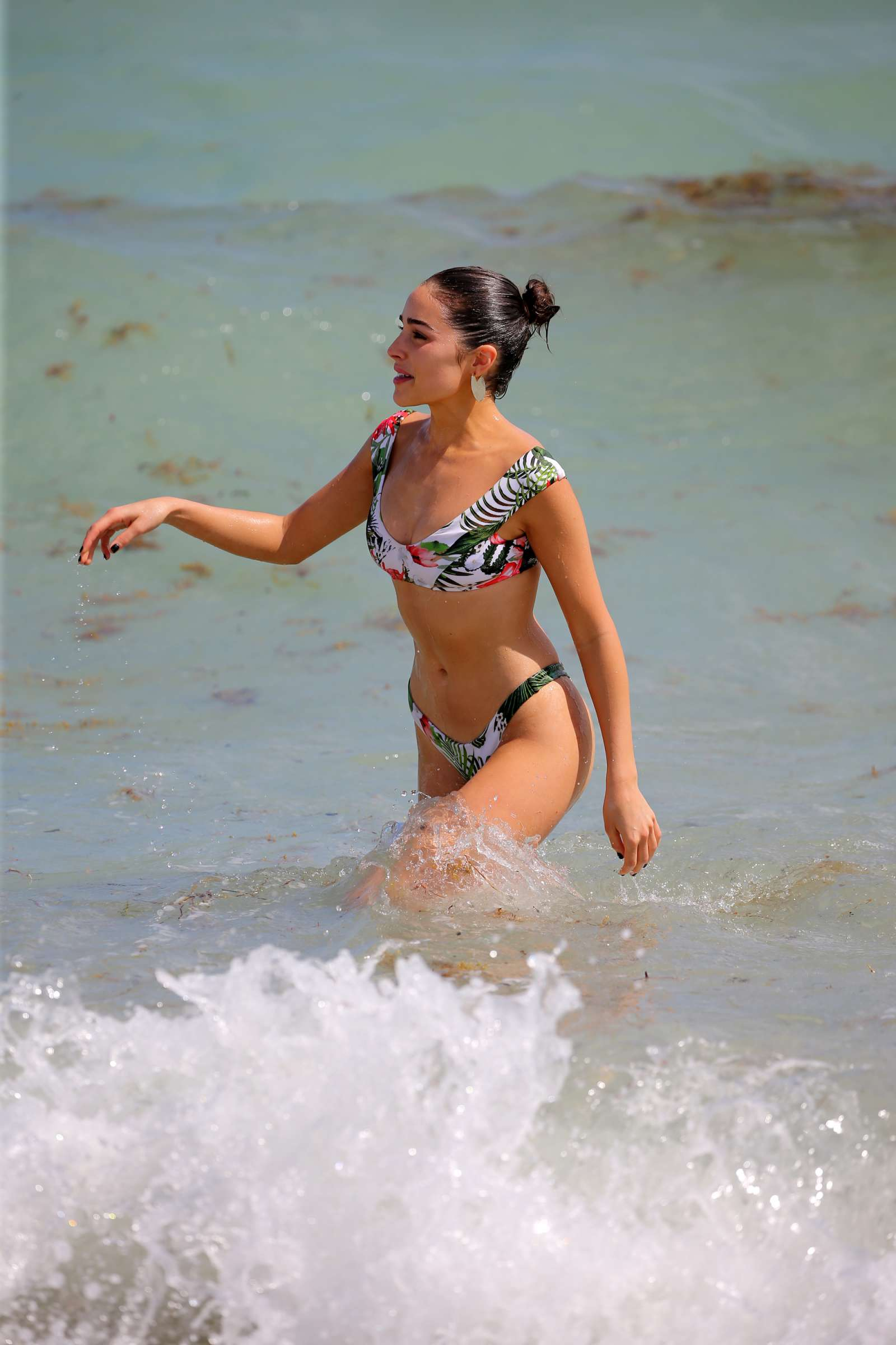 Olivia Culpo 2017 : Olivia Culpo and Devon Windsor: Bikini Photoshoot 2017 -32